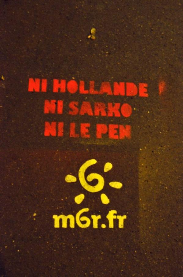 Grafiti M6R : Ni Hollande, ni Sarko, ni Le Pen, m6r.fr